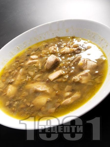 Супа от пиле, леща и гъби печурки - снимка на рецептата